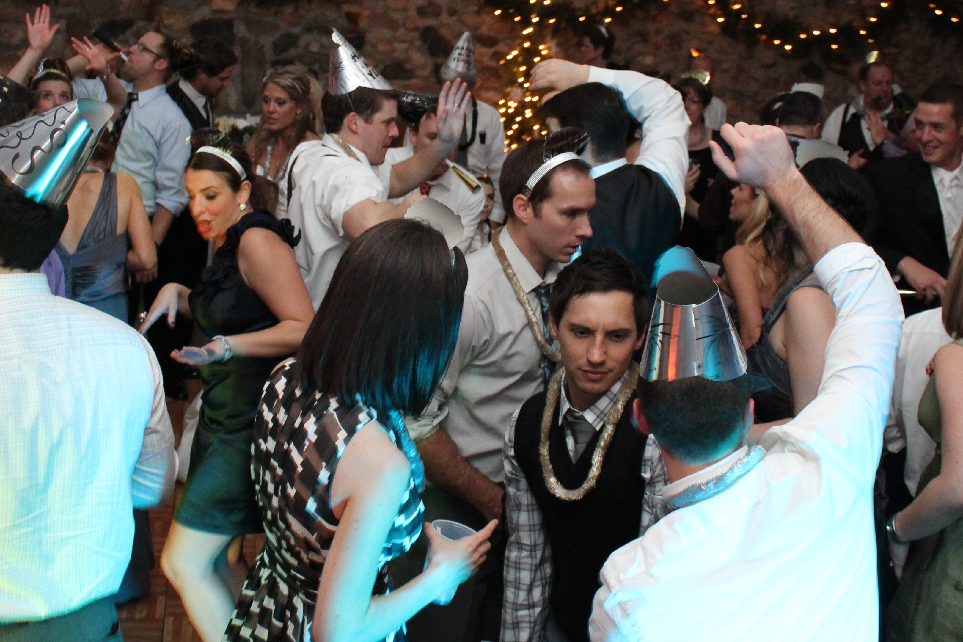 Guests dance at Michigan Party DJ- New years Party DJ