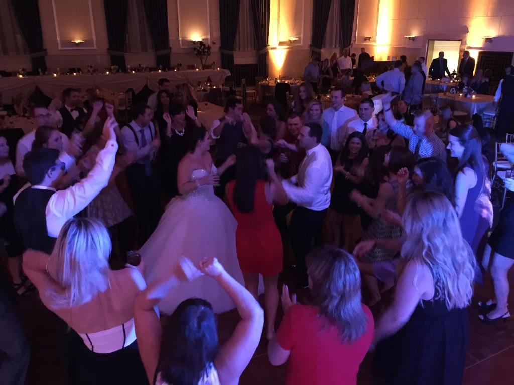 Detroit Michigan Wedding DJ Last Dance song-the inn at st.john's in plymouth MI