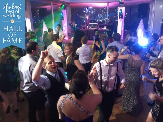 Michigan DJ, Michigan Wedding DJ, DJ in Michigan, Disc Jockey in michigan, Detroit DJ, Michigan DJs, DJ services, DJ and photo booth, Michigan DJ service, DJ for party