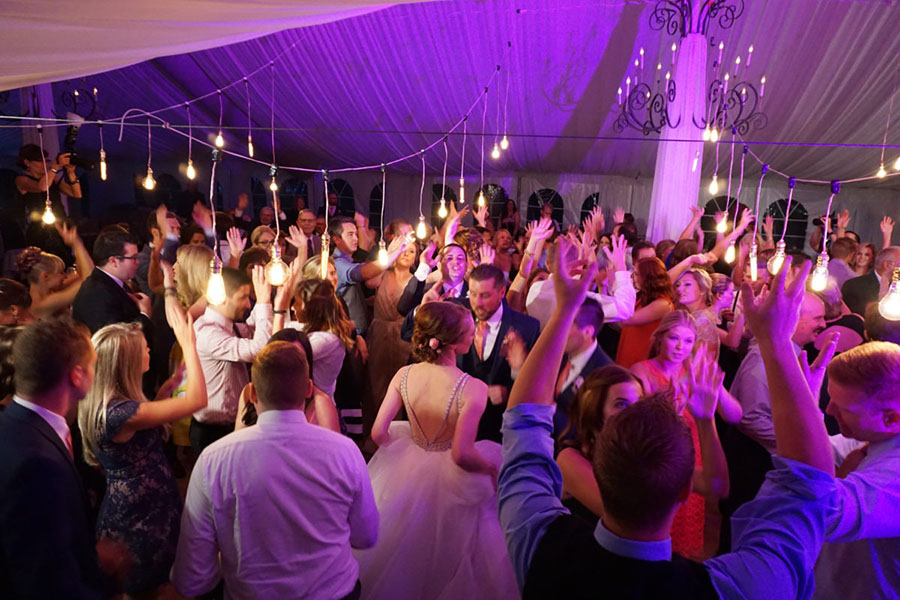 Guests dance -Best Wedding DJ in Detroit Michigan, Wayne County MI DJ, wedding reception dance song- Dj service in Michigan