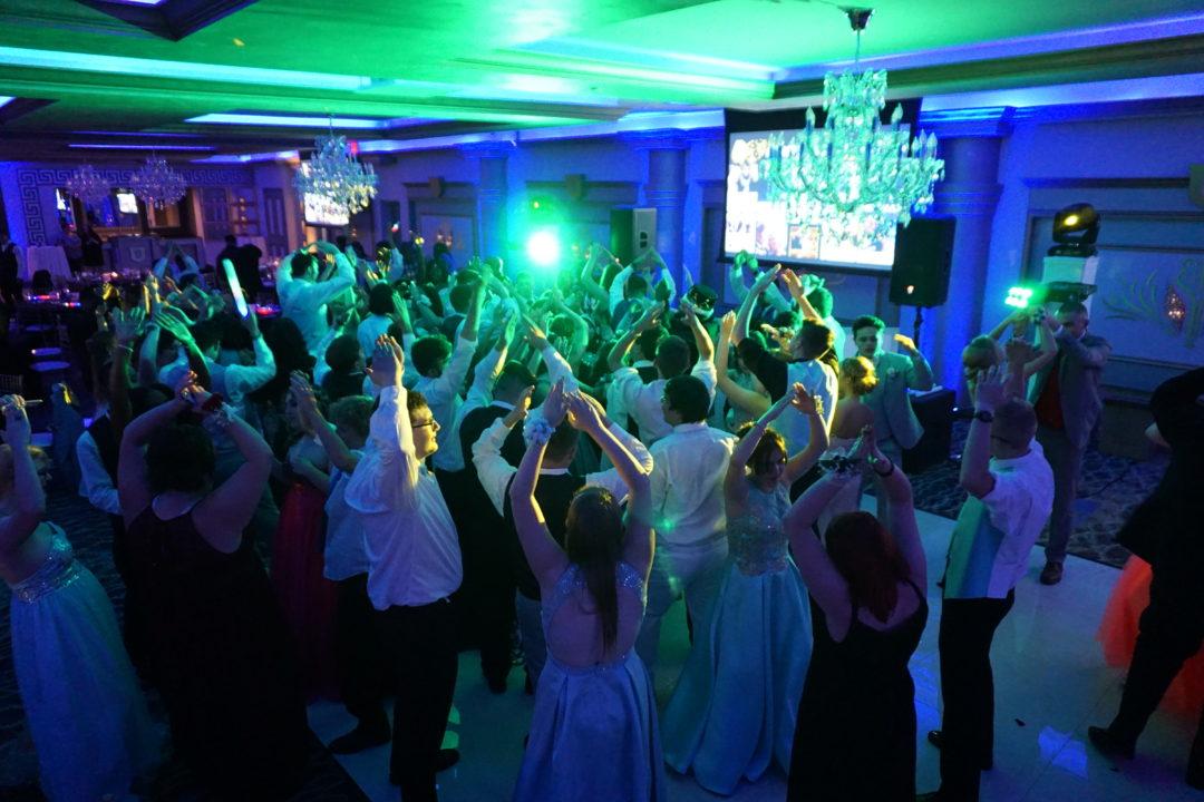 student guest dancing prom DJ in Detroit Michigan-DJ services
